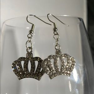 Silver crown earrings with crystals.